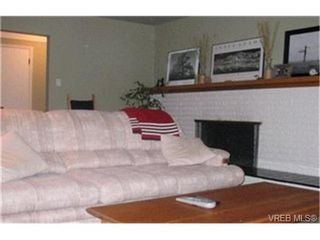 Photo 8: 3030 Balfour Avenue in VICTORIA: Vi Burnside Strata Duplex Unit for sale (Victoria)  : MLS®# 199852