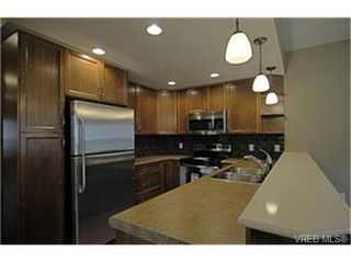 Photo 4:  in VICTORIA: La Langford Proper Row/Townhouse for sale (Langford)  : MLS®# 454765