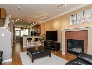 "Photo 5: 52 20460 66TH Avenue in Langley: Willoughby Heights Townhouse for sale in ""WILLOWS EDGE"" : MLS®# F1418966"