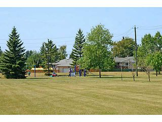 Photo 11: 935 MARCOMBE Drive NE in CALGARY: Marlborough Residential Attached for sale (Calgary)  : MLS®# C3631032