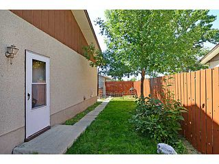 Photo 8: 935 MARCOMBE Drive NE in CALGARY: Marlborough Residential Attached for sale (Calgary)  : MLS®# C3631032