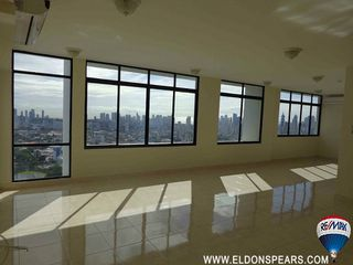 Photo 11: Condo for sale in the Pacific Hills Tower