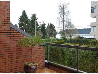 Photo 15: 1830 BELLEVUE AV in West Vancouver: Ambleside Condo for sale : MLS®# V1102775