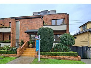 Photo 14: 1830 BELLEVUE AV in West Vancouver: Ambleside Condo for sale : MLS®# V1102775