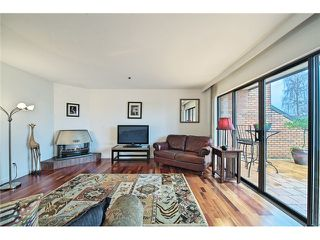 Photo 4: 1830 BELLEVUE AV in West Vancouver: Ambleside Condo for sale : MLS®# V1102775