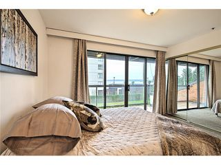 Photo 7: 1830 BELLEVUE AV in West Vancouver: Ambleside Condo for sale : MLS®# V1102775