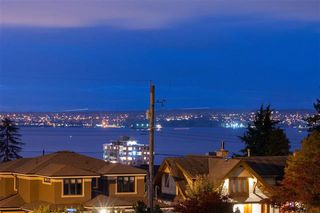 Photo 18: 1080 12TH STREET in WEST VANCOUVER: Ambleside House for sale (West Vancouver)  : MLS®# R2007505