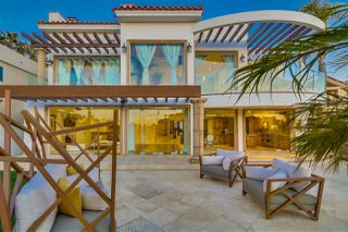 Main Photo: House for sale : 6 bedrooms : 14 Spinnaker Way in Coronado