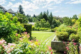 Photo 1: 312 1050 BOWRON COURT in North Vancouver: Roche Point Townhouse for sale : MLS®# R2106597