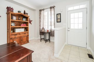 Photo 6: 4 Gunby Blvd: Waterdown Freehold for sale (Hamilton)  : MLS®# X4489120