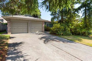 Photo 1: 10462 FRASERGLEN Drive in Surrey: Fraser Heights House for sale (North Surrey)  : MLS®# R2403672