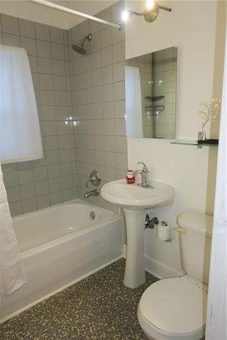 Photo 10: 241 Sydney Avenue in Winnipeg: East Kildonan Residential for sale (3D)  : MLS®# 1932406