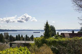 Photo 4: 2578 NELSON Avenue in West Vancouver: Dundarave House for sale : MLS®# R2447851