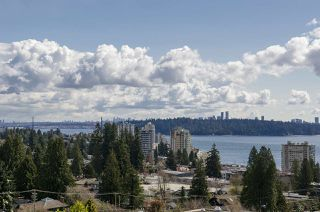 Photo 2: 2578 NELSON Avenue in West Vancouver: Dundarave House for sale : MLS®# R2447851