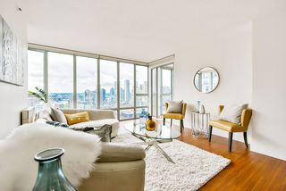 Photo 1: 2304 950 CAMBIE Street in Vancouver: Yaletown Condo for sale (Vancouver West)  : MLS®# R2455594