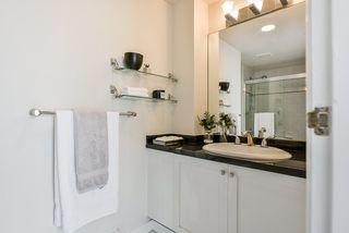 Photo 12: 2304 950 CAMBIE Street in Vancouver: Yaletown Condo for sale (Vancouver West)  : MLS®# R2455594