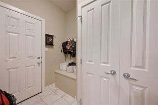 Photo 8: 6415 MANN Court in Edmonton: Zone 14 House for sale : MLS®# E4210382