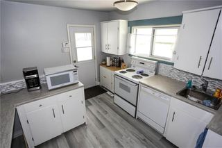Photo 10: 332 Hampton Street in Winnipeg: St James Residential for sale (5E)  : MLS®# 202021493