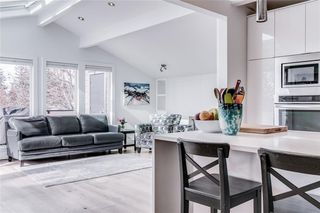 Photo 10: 2747 Chalice Road NW in Calgary: Charleswood Detached for sale : MLS®# A1043648