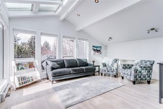 Photo 11: 2747 Chalice Road NW in Calgary: Charleswood Detached for sale : MLS®# A1043648