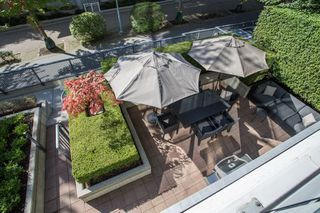 "Photo 19: 106 633 KINGHORNE Mews in Vancouver: Yaletown Condo for sale in ""ICON 2"" (Vancouver West)  : MLS®# R2513489"