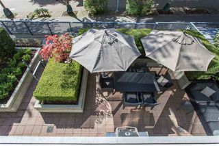 "Photo 7: 106 633 KINGHORNE Mews in Vancouver: Yaletown Condo for sale in ""ICON 2"" (Vancouver West)  : MLS®# R2513489"