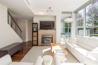 "Photo 10: 106 633 KINGHORNE Mews in Vancouver: Yaletown Condo for sale in ""ICON 2"" (Vancouver West)  : MLS®# R2513489"