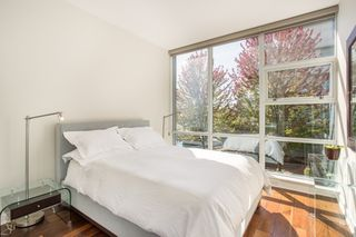 "Photo 14: 106 633 KINGHORNE Mews in Vancouver: Yaletown Condo for sale in ""ICON 2"" (Vancouver West)  : MLS®# R2513489"