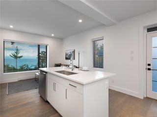Photo 52: 5460 Bayshore Dr in : Na North Nanaimo House for sale (Nanaimo)  : MLS®# 859841
