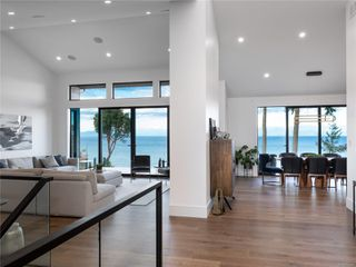 Photo 14: 5460 Bayshore Dr in : Na North Nanaimo House for sale (Nanaimo)  : MLS®# 859841