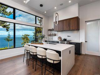 Photo 30: 5460 Bayshore Dr in : Na North Nanaimo House for sale (Nanaimo)  : MLS®# 859841