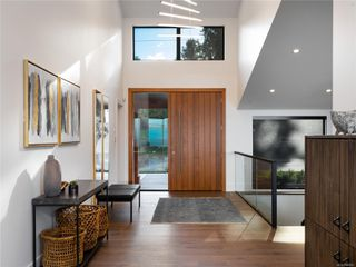 Photo 12: 5460 Bayshore Dr in : Na North Nanaimo House for sale (Nanaimo)  : MLS®# 859841