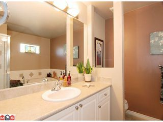 """Photo 6: 12 16655 64TH Avenue in Surrey: Cloverdale BC Townhouse for sale in """"Ridgewood Estates"""" (Cloverdale)  : MLS®# F1205100"""