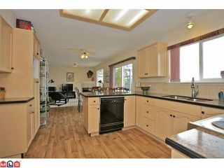 Photo 4: 33616 CHERRY Avenue in Mission: Mission BC House for sale : MLS®# F1209912