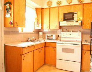 """Photo 3: 2718 E 54TH AV in Vancouver: Fraserview VE House for sale in """"FRASERVIEW"""" (Vancouver East)  : MLS®# V586011"""