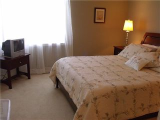 """Photo 3: 106 2000 PANORAMA Drive in Port Moody: Heritage Woods PM Townhouse for sale in """"MOUNTAINS EDGE"""" : MLS®# V962852"""