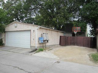 Photo 2: 831 Cambridge Street in WINNIPEG: River Heights / Tuxedo / Linden Woods Residential for sale (South Winnipeg)  : MLS®# 1218629