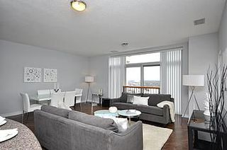 Photo 2: 08 200 E Burnhamthorpe Road in Mississauga: Mississauga Valleys Condo for sale : MLS®# W2560761
