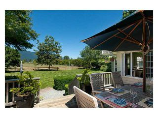 Main Photo: 18905 MCQUARRIE Road in Pitt Meadows: North Meadows House for sale : MLS®# V1018593