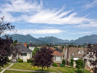 Photo 16: 3078 GRANT ST in Vancouver: Renfrew VE House for sale (Vancouver East)  : MLS®# V1019044