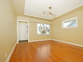 Photo 5: 3078 GRANT ST in Vancouver: Renfrew VE House for sale (Vancouver East)  : MLS®# V1019044