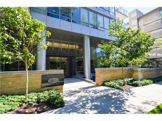 Photo 2: # 301 5838 BERTON AV in Vancouver: University VW Condo for sale (Vancouver West)  : MLS®# V1021508