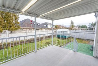 Photo 3: 19641 MAPLE PLACE in Pitt Meadows: Mid Meadows House for sale : MLS®# R2027761