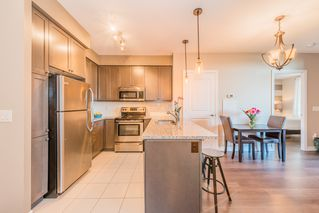 Photo 6: Marie Commisso 9255 JANE STREET in MAPLE: Condo for sale