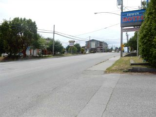 Photo 1: 826 GIBSONS WAY in Gibsons: Gibsons & Area Land Commercial for sale (Sunshine Coast)  : MLS®# C8006484