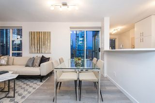 Photo 3: 2002 939 HOMER STREET in Vancouver: Yaletown Condo for sale (Vancouver West)  : MLS®# R2133946