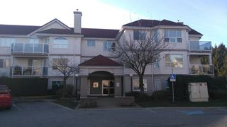 Photo 15: 302 12733 72 AVENUE in Surrey: West Newton Condo for sale : MLS®# R2262352