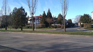 Photo 19: 302 12733 72 AVENUE in Surrey: West Newton Condo for sale : MLS®# R2262352