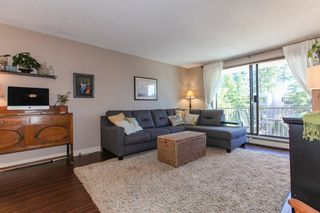 Photo 5: 309 1760 SOUTHMERE CRESCENT in Surrey: Sunnyside Park Surrey Condo for sale (South Surrey White Rock)  : MLS®# R2365149