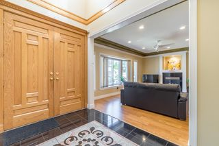 Photo 2: 3718 SUNSET Street in Burnaby: Burnaby Hospital House for sale (Burnaby South)  : MLS®# R2416346